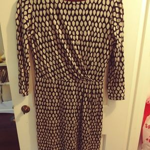 Pattern long sleeve dress